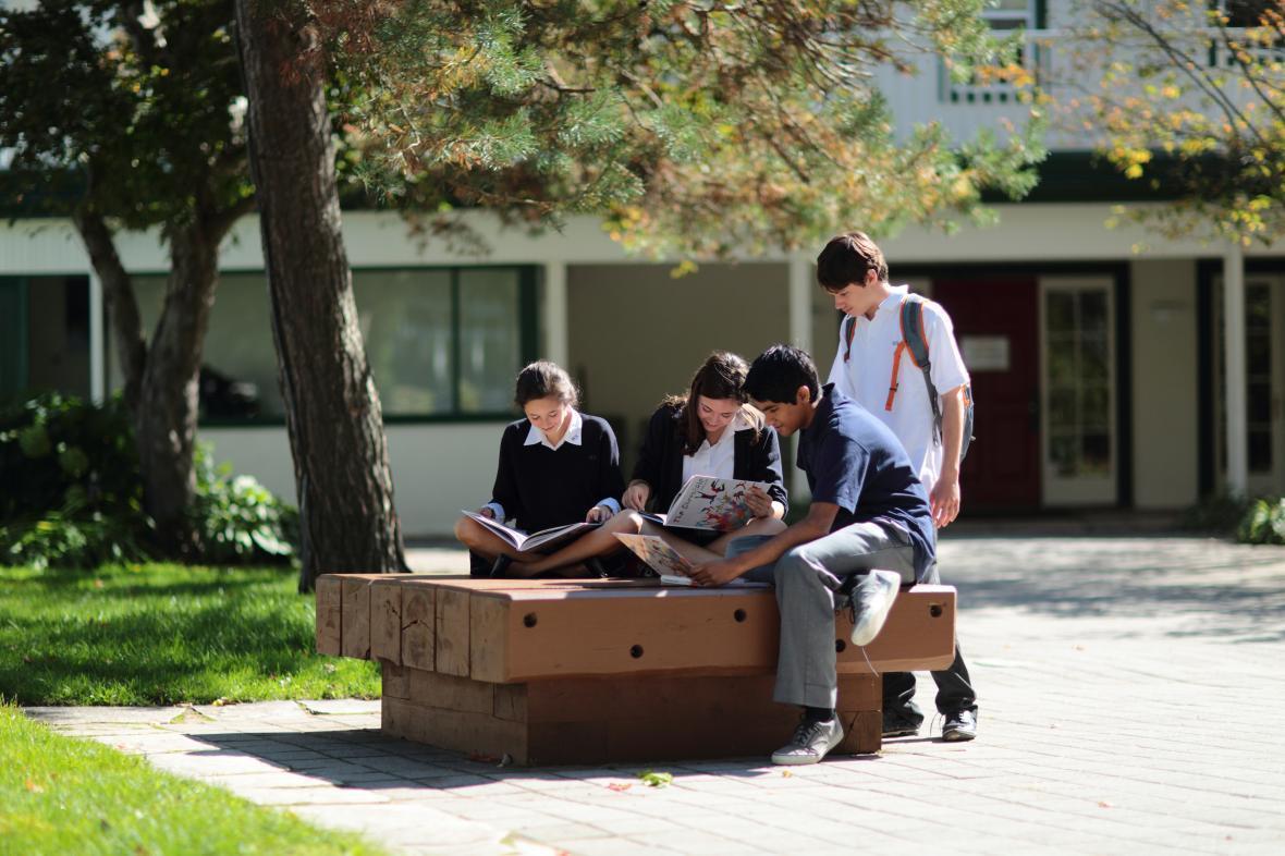 مقاله: آیا تحصیل دبیرستان در کانادا خوب است؟