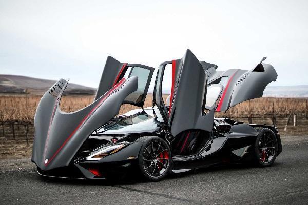 سریعترین خودروی دنیا رونمایی شد
