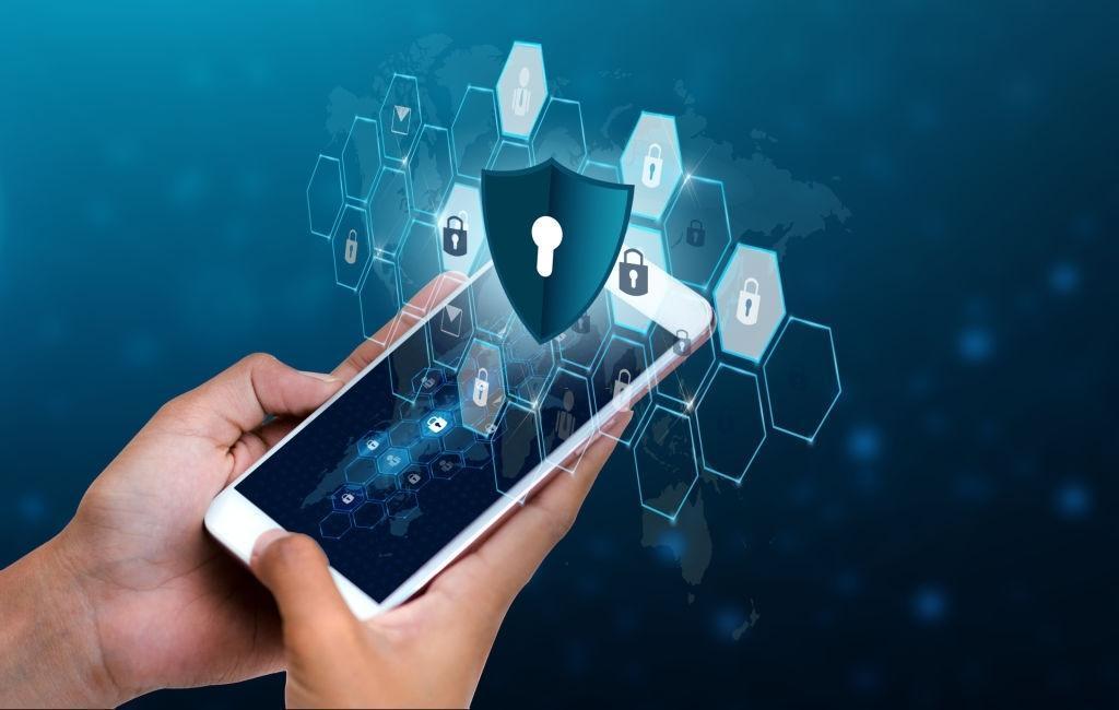 گروهی از متخصصین رمزنگاری، روشی برای نفوذ به آیفون شناسایی نموده اند
