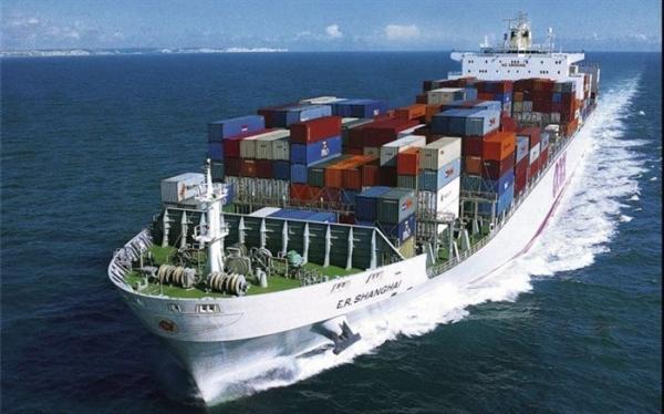 اولین کشتی حامل کالای اساسی به چابهار وارد شد