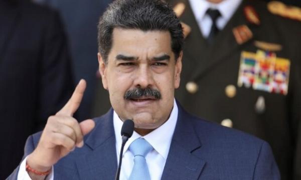 مادورو خواهان برطرف توقیف دارایی های ونزوئلا در سامانه کوواکس شد