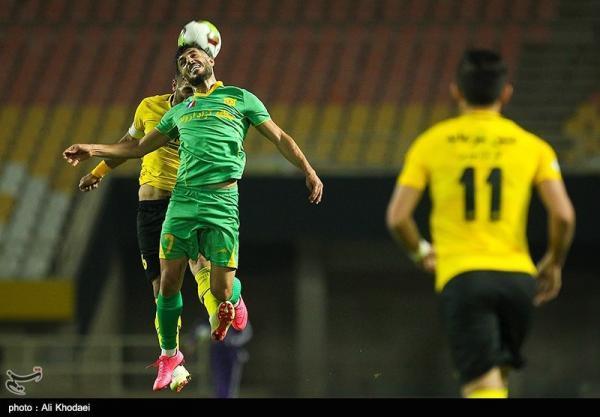 لیگ برتر فوتبال، ادامه دوئل قهرمانی با پیروزی پرگل سپاهان مقابل صنعت نفت